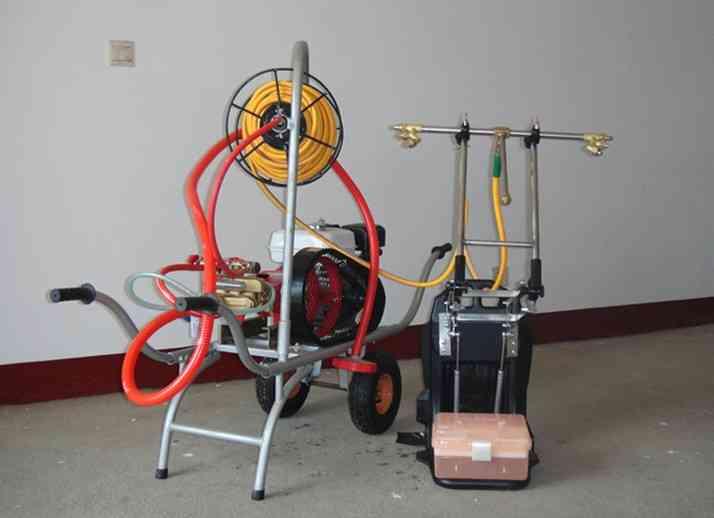 供应动力喷雾器